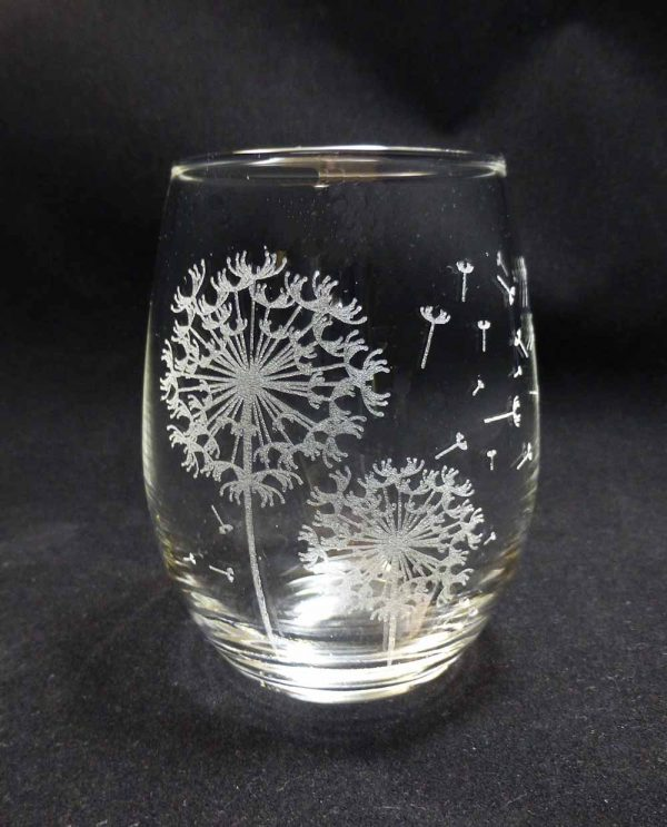 sstemless wine glass with dandilion pods engraved